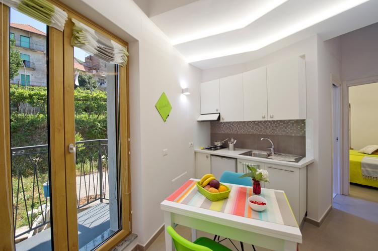 Foto casa vacanze aria di verde appartamenti agerola e for Immagini di appartamenti ristrutturati